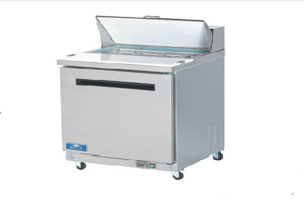 Arctic Air Mega-Top Sandwich/Salad Prep Table Model AMT28R